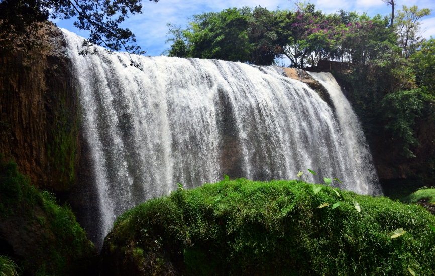 datalan waterfall